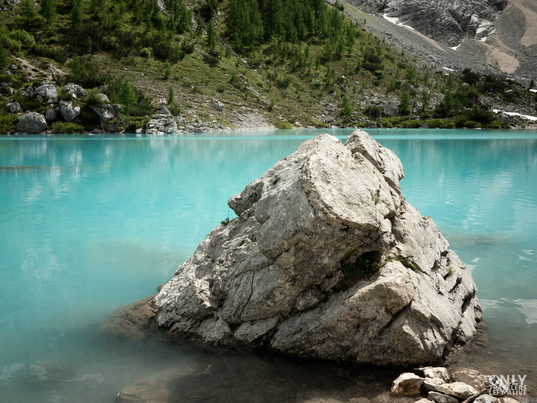 lago dolomity only travelers left alive