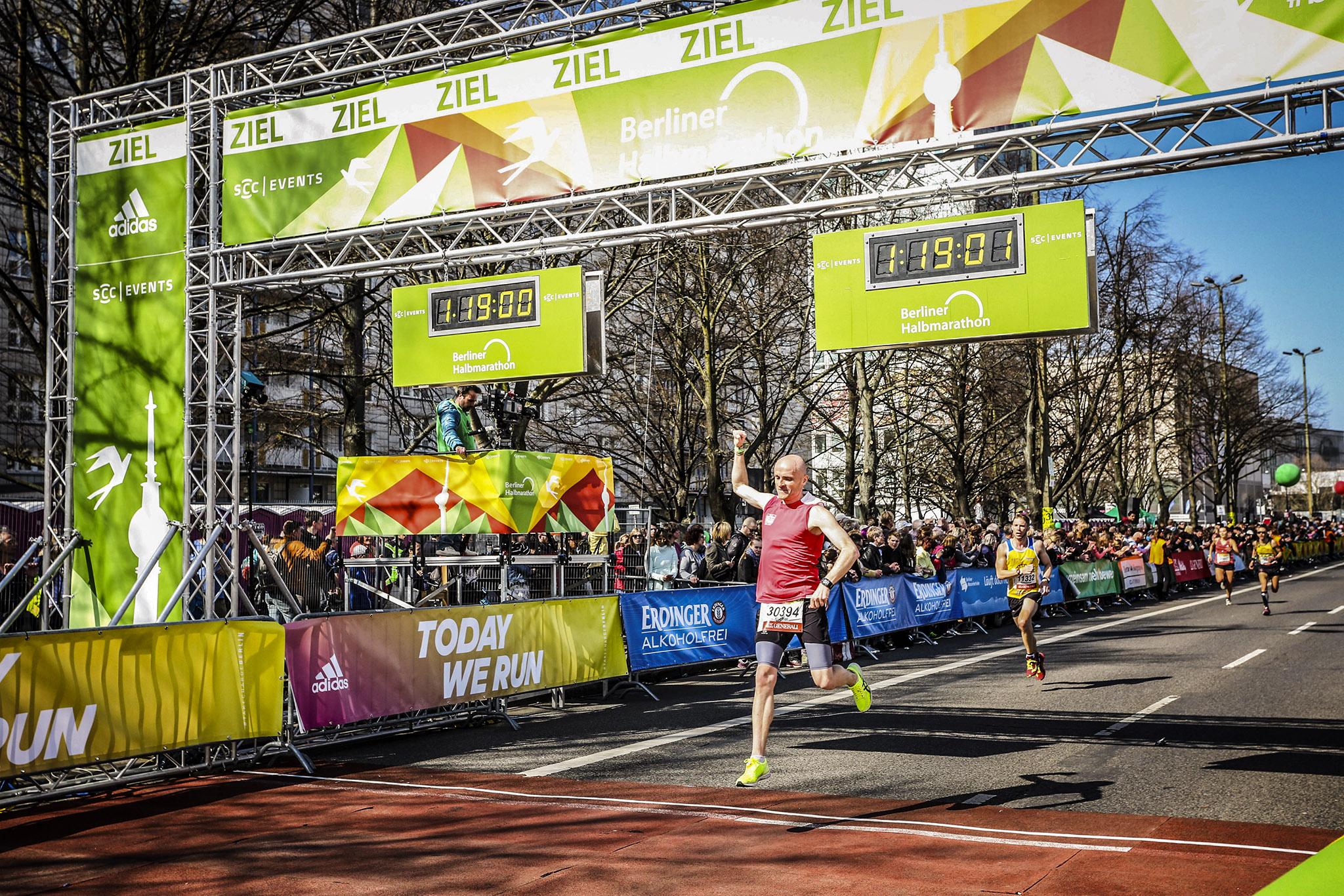 Berlin Half Marathon only travelers left alive
