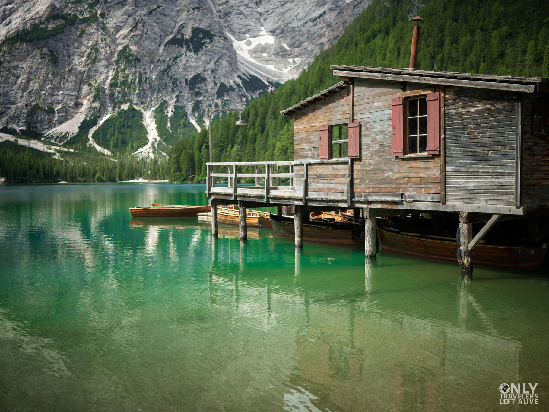 lago di braies dolomity only travelers left alive